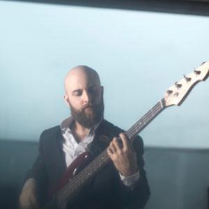 Sven Holscher am Bass (Band München und Berlin)