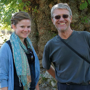 La jeune Caroline Ebner, allergique à la farine de blé a opté pour la farine de châtaigne, ici avec son professeur Josef Sartorius