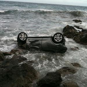 Le véhicule a terminé sa course dans la mer