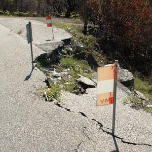 Cette portion de route l'une des plus craintes des usagers est dans en l'état depuis plus de 5 ans! Les travaux viennent d'être attribués.