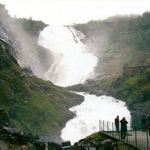 フロムの滝