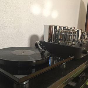 Rega P8 Plattenspieler & Graham Slee Reflex C Phonovorstufe