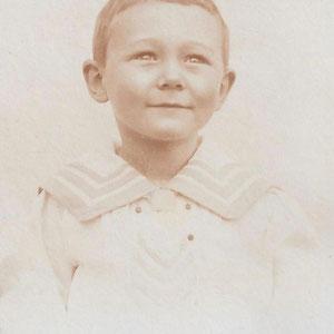 Walter Furrer im Alter von vier Jahren