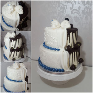 Weddingcake halb halb mit totenköpfe