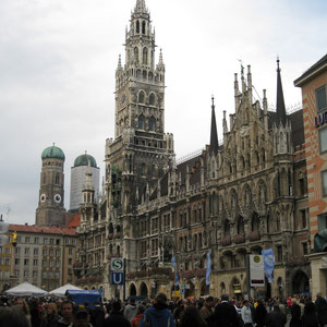 Centro neurálgico de la ciudad de Munich, la Marienplatz