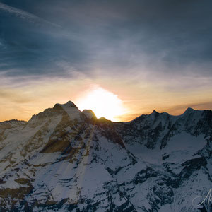 Miracle of the sun - Sonnenaufgang auf dem Schilthorn