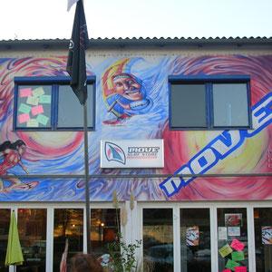 """Wallpainting / Außenfassade , Surfshop """"Move"""" in Podersdorf/Neusiedlersee"""