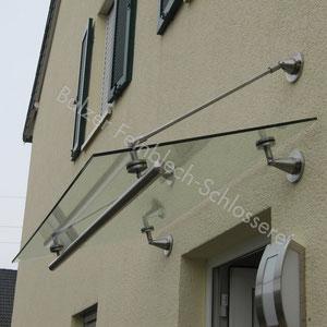 Vordach Edelstahl / Glas