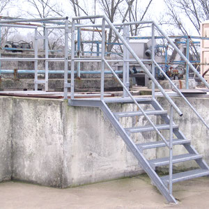 escalier et rampes pour station d'épuration