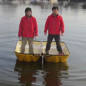 安定感抜群の双胴船