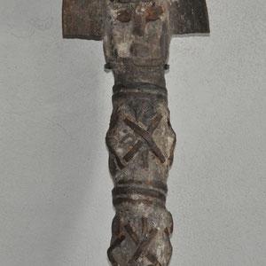 HERITAGES DES ARTS PREMIERS - OFO/IGBO (N°1) - NIGERIA - BOIS, METAL, PIGMENTS - HAUTEUR 50 CM - L209/4