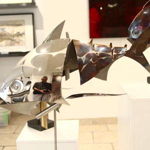 Mathias SOUVERBIE - RACE - Réf galerie 248 - Dimensions : 42 x 31 x 55 cm - Inox, marbre noir, laiton / Mobile - DISPONIBLE