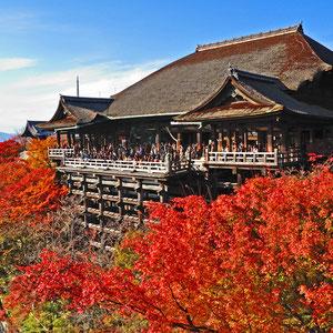 国のまほろば近畿道 京都 清水寺の秋