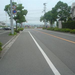 篠原医院・レディ薬局交差点(古川玉津橋線/大町側)