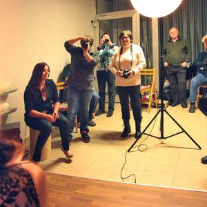 Immer wieder gibt es Studio-Abende, wobei der Umgang mit der Beleuchtung im Vordergrund steht.