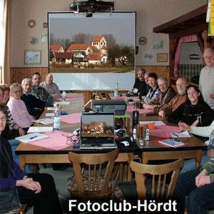 Auch beim Fotokurs im März 2009 waren die 16 Teilnehmer mit Eifer bei der Sache.