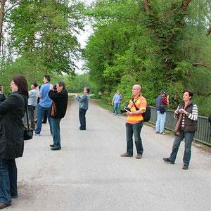 Fotoexkursion in der Hördter Rheinaue mit den Teilnehmern des Fotokurses im April 2009.