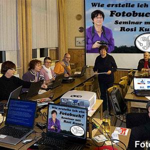 """Wie erstelle ich ein Fotobuch? Grundwissen """"Fotobuch"""" in einem Seminar mit Rosi Kuntz beim Fotoclub-Hördt. Der Kurs startete am 1.3.2012 um 19.30 Uhr im Wanderheim und umfasste 4 Abende.."""