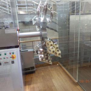 Chocoladeballen machinaal gemaakt