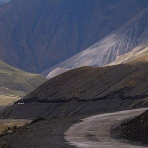 Azerbaijan - Spektakuläre Landschaften auf der Fahrt von Quba nach Xinaliq