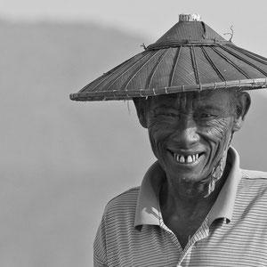 Myanmar people - Einbeinfischer am Inle Lake