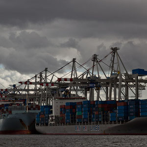 Hamburg - Container-Schiffe