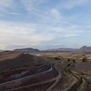 """Azerbaijan / Aserbaidschan - Nakhchivan rund um den sagenumwobenen Schlangenberg """"Ilandag"""", den Noah angeblich einst mit seiner Arche streifte"""