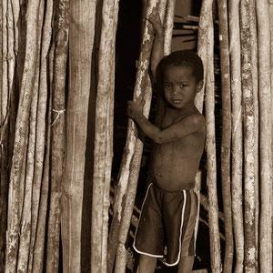 Kleiner Junge in Madagaskar