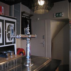 Interieurverbeteringen door hetmooiewerk in Cafe van Leeuwen.