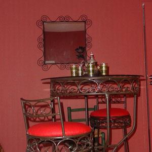 nvie d'un thé dans la chambre d'hôtes le blockhaus de domleger