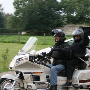 Accueil motards par des motards