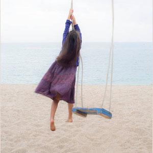 Photo Color digital serie lena play on the beach 1