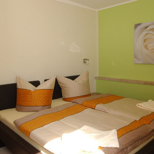 Schlafzimmer im Ferienhaus Elbinsel Dresden