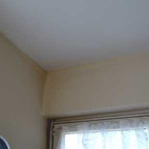 Wohnzimmer, Endzustand nach Beseitigung der Feuchtigkeitsursache und des Schimmels