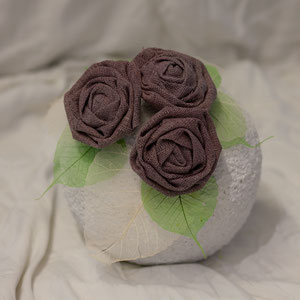Rosenurne in braun oder rosa
