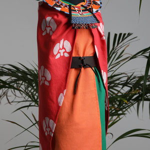 Miniature costume with traditional batik and jewellery techniques from the Samburu tribe.