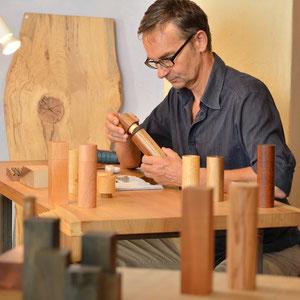 Holz Pfeffermühlen und Salzstreuer direkt vom Hersteller - live im Showroom in Bregenz / Vorarlberg / Bodensee