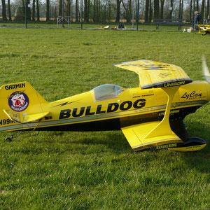 Pitts Bulldog 1,8 m - Stefan Wurm