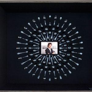 exposition Viparis Porte de Versailles - zoom couronne cuillers restaurant Guy Martin