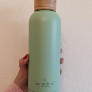 Bottiglia ermetica con tappo in bambù della linea verde pastello focus