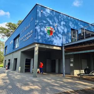 neues Ruderhaus an der Elbe