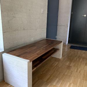 Beton-Holz Schuhablage, nach Mass