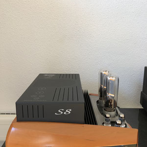 Unison S8 - bestückt mit 2 845-er Senderöhren
