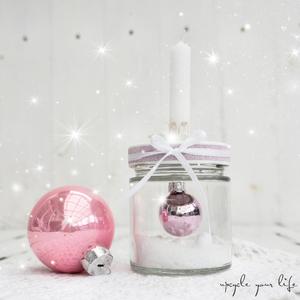 mini-weihnachtskugel im glas...