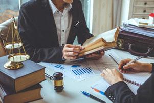 法律相談での弁護士とクライアントの面談
