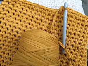 Großes Häkel Kissen Aus Textilgarn Omniview Dein Diy Blog