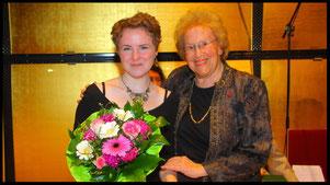 2011 Johanna Greulich with Ks. Hilde Zadek. © Photo Fayer, 800x450pixel