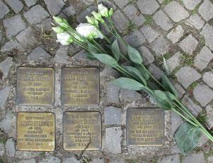 Heinrich, Emma, Alfred und Erika Selbiger sowie Käte Mugdan