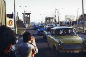 10.11.1989 Grenzübergang Waltersdorfer/Rudower Chaussee (Bild: Rudower Heimatverein)