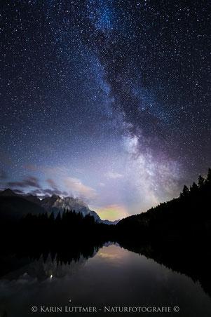 Die Milchstraße über dem Karwendelgebirge